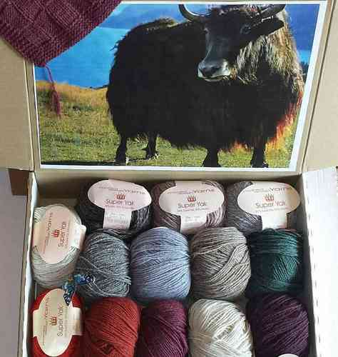 monika design Yarns Super Yak